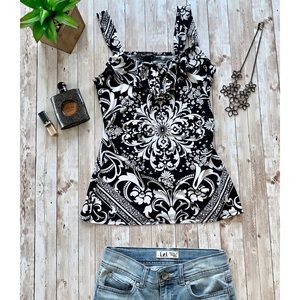 White House black market floral tank top